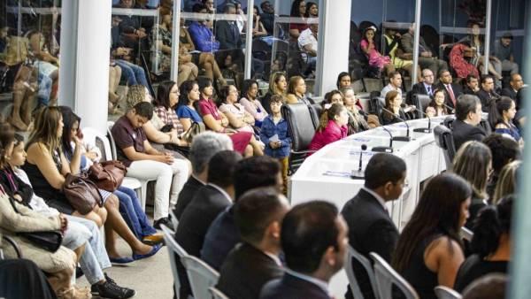 Homenagem à Igreja Cristã Maranata na Câmara Municipal da Serra (ES) - galerias/4556/thumbs/formatfactory4b5a5402.jpg