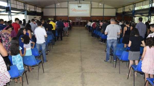 Cultos de Batismo da Igreja Cristã Maranata - galerias/4590/thumbs/17.jpg