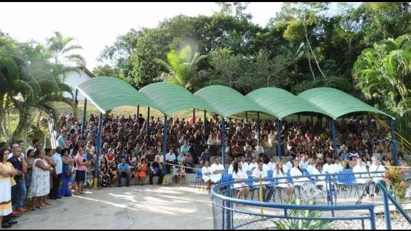 Cultos de Batismo da Igreja Cristã Maranata - galerias/4590/thumbs/21.jpg