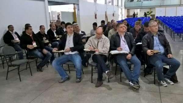 Reunião de Pastores, Ungidos, Pais e Professores - Maanaim de Maringá - PR - galerias/4592/thumbs/06.jpg