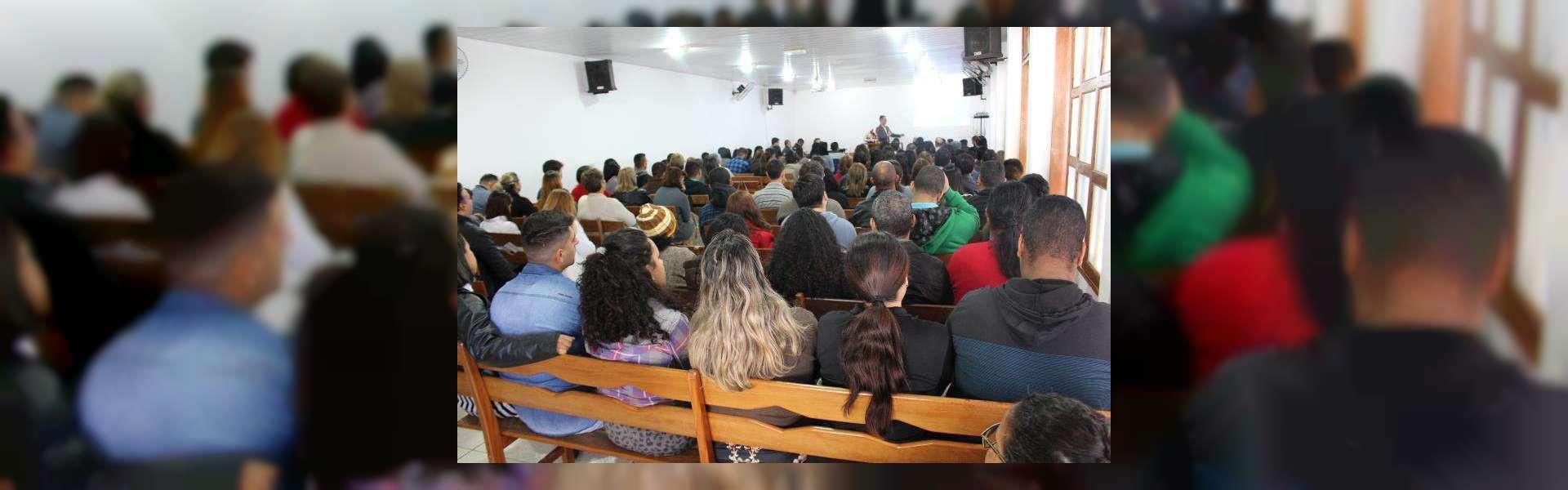 Membros da ICM em Mato Grosso do Sul participam de seminário presencialmente